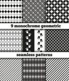 Σύνολο μαύρος-άσπρων μονοχρωματικών γεωμετρικών άνευ ραφής σχεδίων διανυσματική απεικόνιση