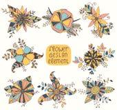 Σύνολο με τα όμορφα συρμένα χέρι λουλούδια Στοκ εικόνες με δικαίωμα ελεύθερης χρήσης