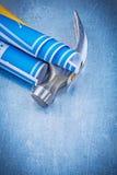 Σύνολο μπλε σφυριού νυχιών σχεδίων κατασκευής στο μεταλλικό backgroun Στοκ φωτογραφία με δικαίωμα ελεύθερης χρήσης