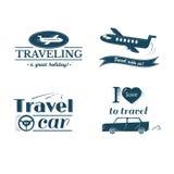 Σύνολο λογότυπων και ετικετών ταξιδιού, σχέδιο τυπογραφίας Στοκ εικόνα με δικαίωμα ελεύθερης χρήσης