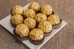 Σύνολο πιάτων της σοκολάτας φουντουκιών Στοκ φωτογραφία με δικαίωμα ελεύθερης χρήσης