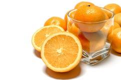 Σύνολο πορτοκαλιών και διχοτομημένος στοκ φωτογραφίες