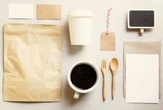 Σύνολο προτύπων μαρκαρίσματος ταυτότητας καφέ στοκ φωτογραφία με δικαίωμα ελεύθερης χρήσης