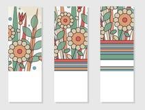 Σύνολο πρόσκλησης 3 ή αφισών στο αναδρομικό ύφος Γεωμετρικά floral στοιχεία Στοκ εικόνα με δικαίωμα ελεύθερης χρήσης