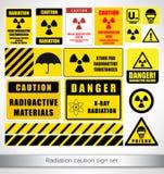 Σύνολο σημαδιών προσοχής ακτινοβολίας Στοκ Φωτογραφία