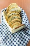 σύνολο σιταριού ψωμιού Περικοπή στα κομμάτια Στοκ Εικόνες