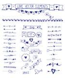 Σύνολο συρμένων στοιχείων αγάπης σκίτσων doodle χέρι Χρήσιμος δημιουργώντας το γάμο και τις νυφικές προσκλήσεις ντους, κάρτες Στοκ φωτογραφία με δικαίωμα ελεύθερης χρήσης
