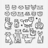 Σύνολο συρμένων χέρι αστείων γατών στο γκρίζο ριγωτό υπόβαθρο Διανυσματική απεικόνιση