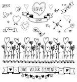 Σύνολο συρμένων χέρι διακοσμητικών καρδιών, κορδέλλες, διαιρέτες, υφάσματα, στοιχεία σχεδίου Διανυσματική απεικόνιση της αγάπης σ Στοκ φωτογραφίες με δικαίωμα ελεύθερης χρήσης