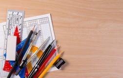 Σύνολο σχολικού εξοπλισμού με το διάστημα αντιγράφων για το τεθειμένο κείμενο Στοκ Εικόνα