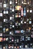 Σύνολο τοίχων των μπουκαλιών μπύρας στη Μπρυζ Στοκ Εικόνες