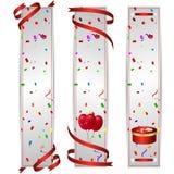 Σύνολο τριών κάθετων εμβλημάτων με τις κόκκινες σφαίρες διακοπών και το κόκκινο κιβώτιο δώρων απεικόνιση αποθεμάτων