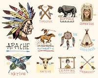 Σύνολο χαραγμένου τρύού, χεριού που σύρονται, παλαιών, ετικετών ή διακριτικών για Ινδό ή το αμερικανό ιθαγενή βούβαλοι, πρόσωπο μ Στοκ Εικόνες