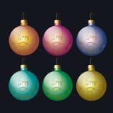 Σύνολο χρωματισμένων σφαιρών για τις διακοσμήσεις χριστουγεννιάτικων δέντρων Στοκ φωτογραφία με δικαίωμα ελεύθερης χρήσης
