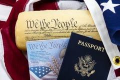 Σύνταγμα επίδειξης αμερικανικών σημαιών διαβατηρίων Στοκ εικόνες με δικαίωμα ελεύθερης χρήσης