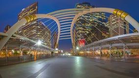 Σύνδεση περιπάτων ουρανού στο κεντρικό εμπορικό κέντρο της Μπανγκόκ Στοκ Φωτογραφίες