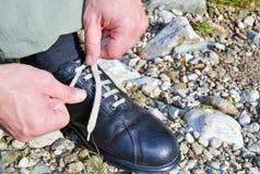 Σύνδεση των παπουτσιών Στοκ Εικόνα