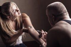 σύριγγα εστίασης φαρμάκων εθισμού Στοκ εικόνα με δικαίωμα ελεύθερης χρήσης