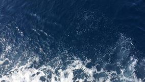 Σύσταση νερού στη θάλασσα Mediterran Κρύσταλλο - σαφές νερό του αδριατικού σπινθηρίσματος θάλασσας στο φωτεινό ήλιο πρωινού Λίγο  απόθεμα βίντεο