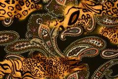 Σύσταση της ριγωτών λεοπάρδαλης και του λουλουδιού υφάσματος τυπωμένων υλών για το backgroun Στοκ φωτογραφίες με δικαίωμα ελεύθερης χρήσης