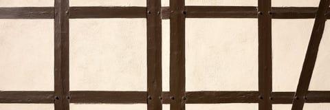Σύσταση του μισό-εφοδιασμένου με ξύλα κτηρίου στοκ εικόνες