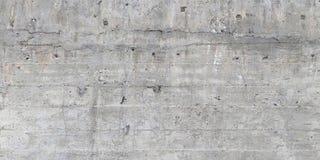 Σύσταση του ξύλινου εγκιβωτισμού που σφραγίζεται σε έναν ακατέργαστο συμπαγή τοίχο Στοκ φωτογραφίες με δικαίωμα ελεύθερης χρήσης