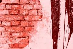 Σύσταση τούβλου με τις γρατσουνιές και τις ρωγμές Στοκ Εικόνες