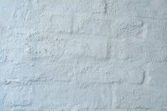 Σύσταση υποβάθρου, άσπρο ασβεστοκονίαμα σε ένα παλαιό brickwall Στοκ Εικόνες