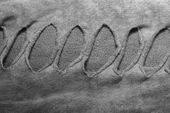 σύσταση υφάσματος βαμβακιού με τις αυλακώσεις με τις τρύπες για το υπόβαθρο α Στοκ Φωτογραφίες
