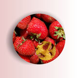 Σύσταση φραουλών μέσα σε μια μορφή κύκλων Στοκ Φωτογραφίες