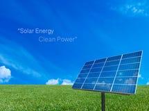 Σύστημα ενεργειακού πλέγματος δύναμης ηλιακών κυττάρων στο υπόβαθρο έννοιας ιδέας Στοκ Εικόνα