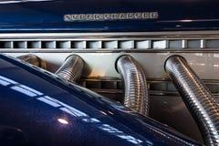 Σύστημα εξάτμισης του αυτοκινήτου πυρόξανθο Duesenberg πρότυπο SJ Cabrio πολυτέλειας Στοκ εικόνες με δικαίωμα ελεύθερης χρήσης
