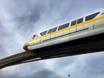Σύστημα παγκόσμιων μονοτρόχιων σιδηροδρόμων της Disney Walt Στοκ Εικόνες