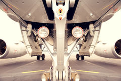 Σύστημα προσγείωσης του jetplane, αεροσκάφη Στοκ Εικόνες