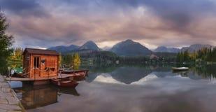 Σλοβακία, υψηλό Tatras Το Strbske Pleso το πρωί Στοκ φωτογραφία με δικαίωμα ελεύθερης χρήσης