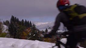 Σλοβενία ορών Χειμώνας Χιόνι ακρών του δρόμου φιλμ μικρού μήκους