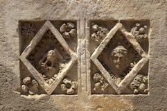Τάφοι βράχος-περικοπών σε Myra, Demre, Τουρκία, σκηνή 11 Στοκ φωτογραφία με δικαίωμα ελεύθερης χρήσης