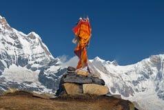 Τάφος ενός ορειβάτη στο στρατόπεδο βάσεων Annapurna Στοκ Εικόνες