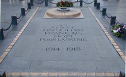 Τάφος του άγνωστου στρατιώτη - Arc de Triomphe, Παρίσι Στοκ φωτογραφίες με δικαίωμα ελεύθερης χρήσης