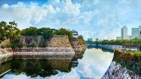 Τάφρος της Οζάκα Castle στην Οζάκα στοκ εικόνα