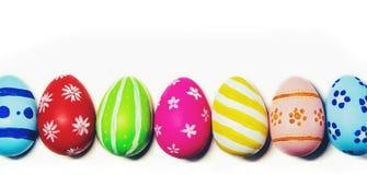 Τέλειο χέρι αυγών Πάσχας - που γίνεται απομονωμένο στο λευκό υπόβαθρο Στοκ φωτογραφία με δικαίωμα ελεύθερης χρήσης
