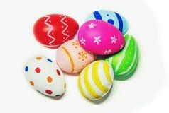 Τέλειο χέρι αυγών Πάσχας - που γίνεται απομονωμένο στο λευκό υπόβαθρο Στοκ φωτογραφίες με δικαίωμα ελεύθερης χρήσης