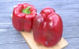 τέμνον κόκκινο πιπεριών χαρ&ta Στοκ εικόνα με δικαίωμα ελεύθερης χρήσης