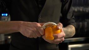 Τέμνουσα πορτοκαλιά φλούδα μπάρμαν για τον οινοπνευματώδη χυμό φιλμ μικρού μήκους