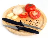 Τέμνων πίνακας με το μαχαίρι Στοκ Εικόνες
