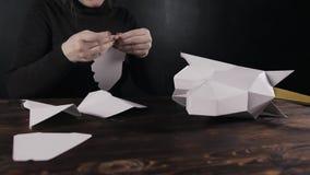Τέμνων σχεδιαστής εγγράφου, μονόκερος εγγράφου απόθεμα βίντεο