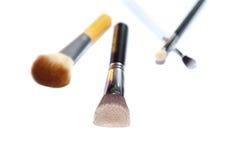 Τέσσερις βούρτσες makeup που απομονώνονται στο άσπρο υπόβαθρο στοκ εικόνες με δικαίωμα ελεύθερης χρήσης