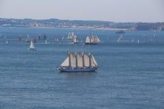 Τέσσερις-ιστοί schooner στο φυσικό λιμάνι του Brest Στοκ Εικόνες