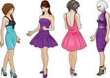 Τέσσερις κυρίες στα φορέματα κοκτέιλ Στοκ Εικόνα