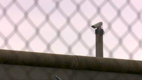 Τέσσερις πυροβολισμοί: ασφάλεια στη φυλακή απόθεμα βίντεο